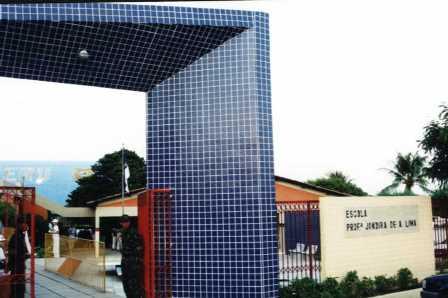 Escola Jandira é denúncia em blog de Limoeiro