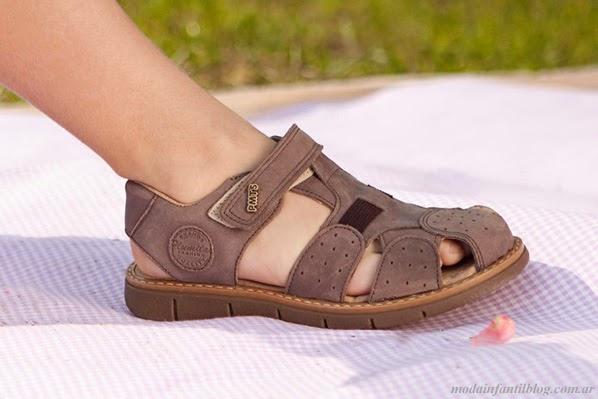 sandalias niños plumitas verano 2014