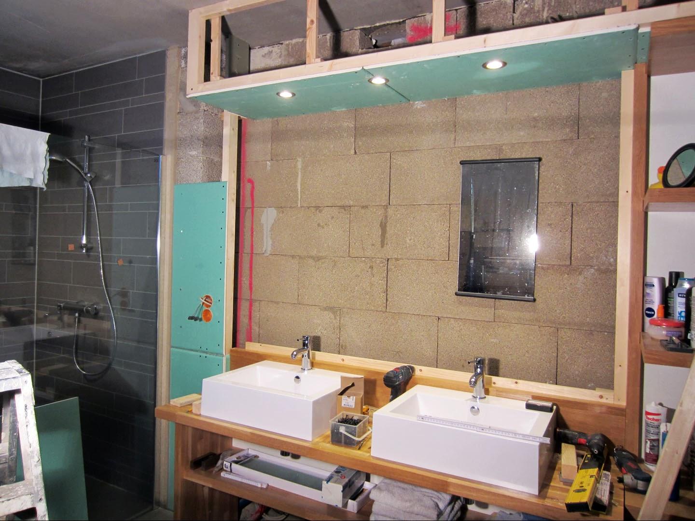 Van Boven Badkamers : Badkamer oosterbeek nissen boven het toilet eerste kamer badkamers