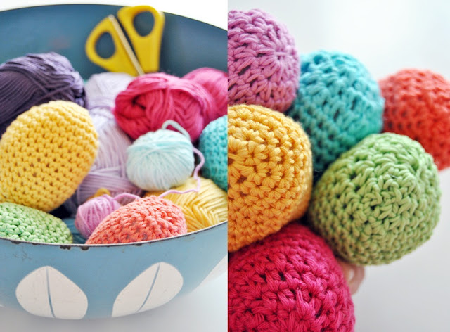 Crochet+Easter+Eggs+Diptych+from+Fargefest Bright Colourful Crochet Easter Eggs