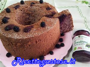 http://www.ricettegustose.it/Ciambelloni_html/Chiffon_cake_alle_more.html