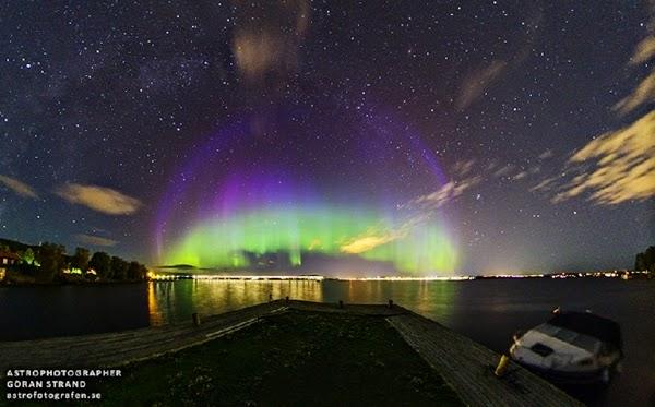 Badai Matahari Munculkan Aurora Ungu di Swedia Jum'at Dinihari