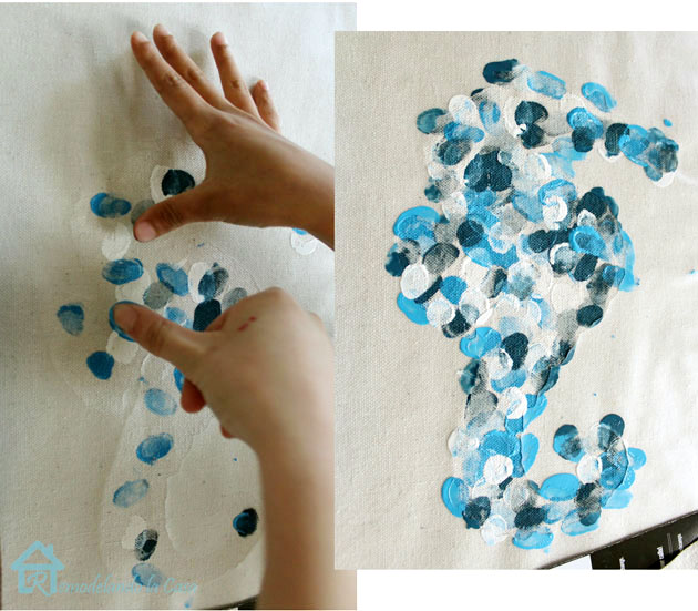 starfish and seahorse designs on pillows & Remodelando la Casa: DIY - Envelope pillows with Thumbprint Design pillowsntoast.com