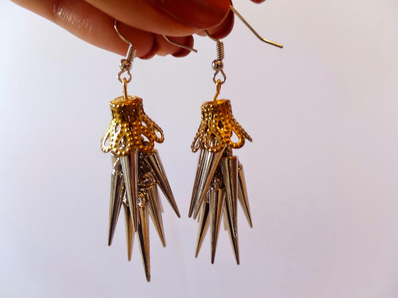 diy: hanging spike earrings | facades and nuances: diy: hanging