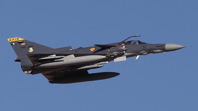 مفاجاة : الارجنتين تشتري الطائرة كفير الاسرائلية و تلغي JF-17 الرعد الصينية !!!  JF-17%2Blooses%2Bto%2BIsrael%2BAircraft%2BIndustries%2527%2BKfir%2BBlock%2B60%2Bfor%2BArgentina%2527s%2Bnext-generation%2Bmultirole%2Bfighter%2Bprogram