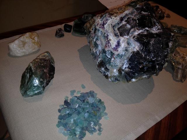 احجار كريمة للبيع IMG_0155.JPG