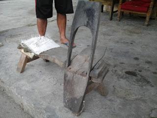 cacak, perajang tradisional tembakau