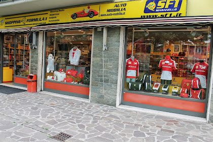 SHOPPING F1- MARANELLO