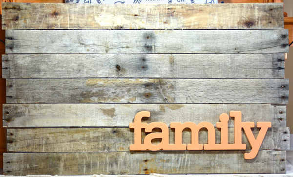 Altered Project: Family Pallet Wall Art