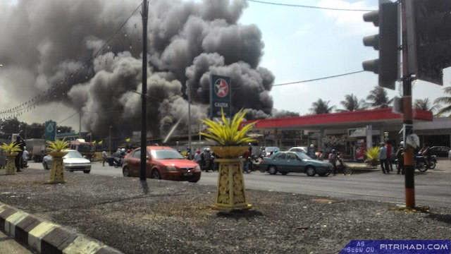 (Video | Gambar) Kebakaran Pasaraya Utama di Kangar Perlis 7