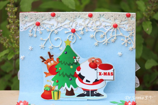 Cards crafts kids projects simple pop up christmas card for Pop up card craft