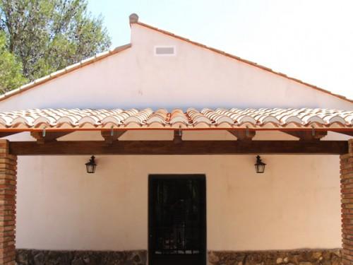 Materiales renau sl vigas decorativas for Vigas de madera decorativas