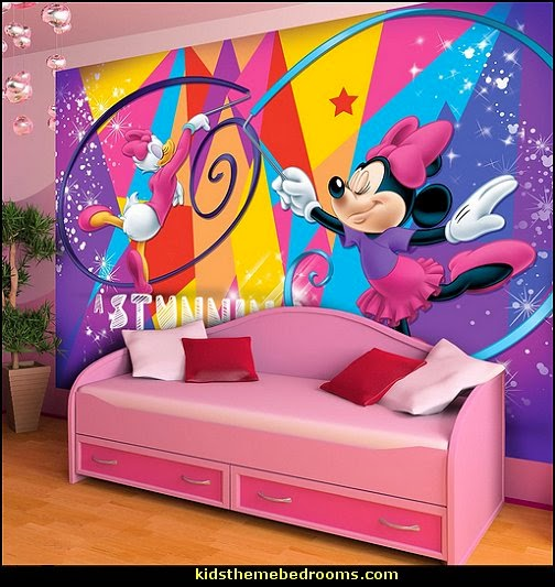 Maries Manor: Mickey Mouse
