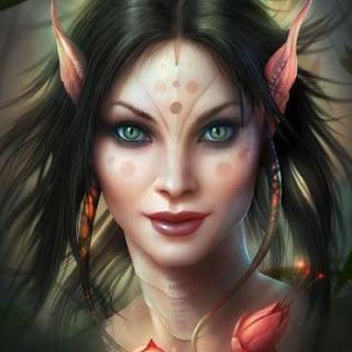 elfa con ojos felinos