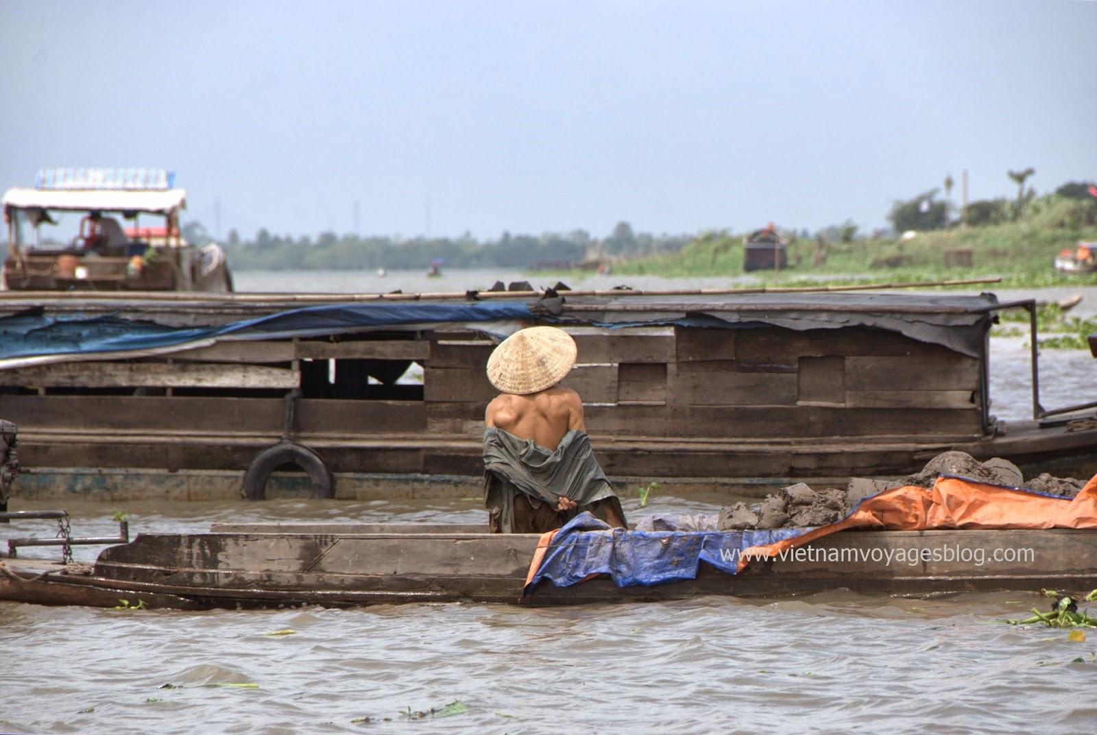 Cuộc sống thường ngày ở miền tây sông nước