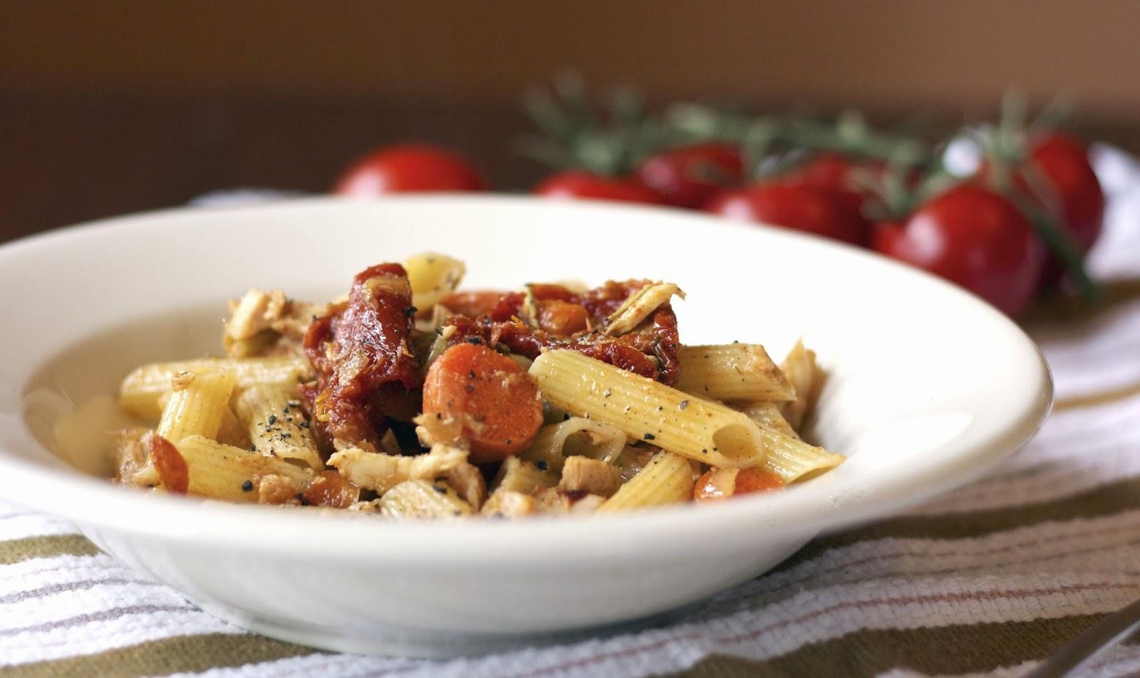 Tuna Escabeche Pasta- simplelivingeating.com