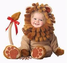 foto bayi lucu memakai kostum singa