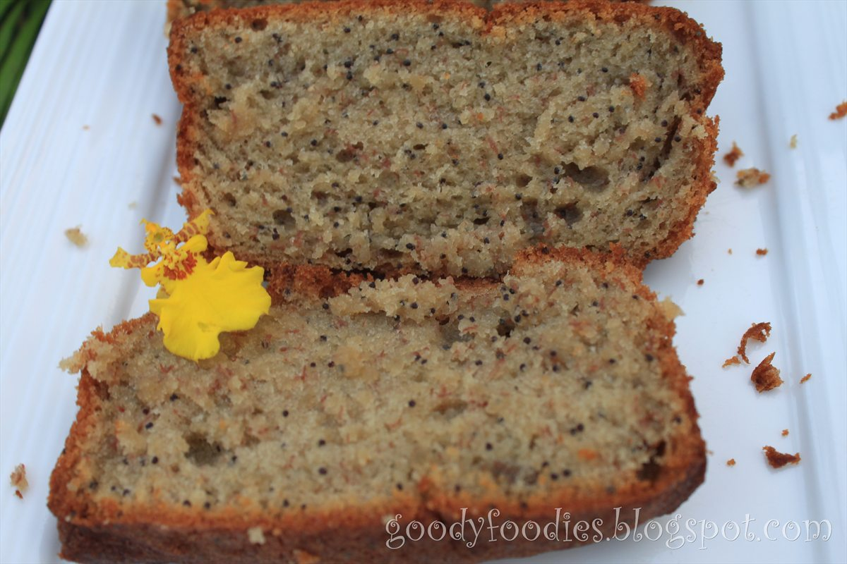 Goodyfoodies i baked banana and poppy seed loaf the recipe i have used several times now is adapted from bbc good foods brilliant banana loaf and its really easy i have reduced the sugar level forumfinder Images