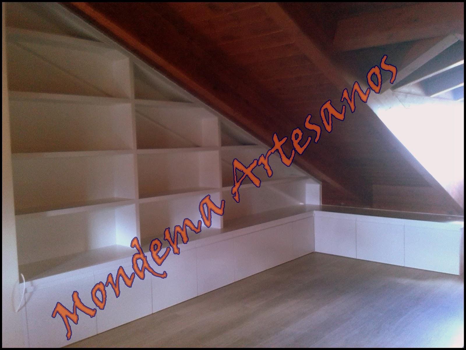 Muebles en blanco para buhardilla Artesanos Carpinteros