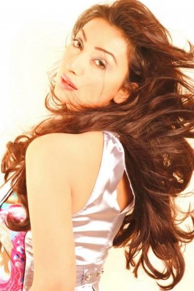 Ayesha Khan - Most Beautiful Girl of Pakistan