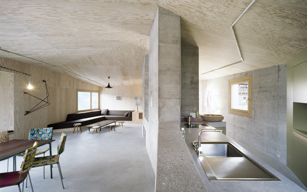 Concrete walls at House Presenhuber in Vnà, Switzerland, by AFGH