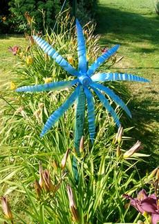 Id es de papillon recyclage bouteille en plastique en moulin vent - Fabriquer moulin a vent de jardin ...