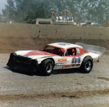 Auto Racing Hawkeye Downs on Midwest Racing Archives  1979   7 000 Witness Horn   S Victory In