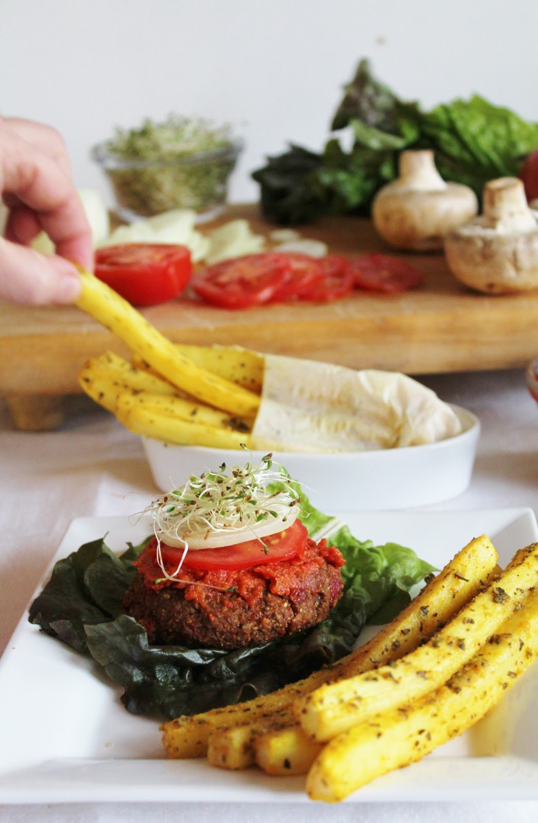 This rawsome vegan life raw yam burgers daikon fries with ketchup forumfinder Image collections