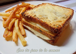 Sandwich de queso y orégano