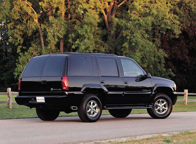 エスカレード 初代('99-00) | Cadillac Escalade