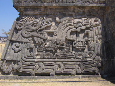 Adakah Hubungan Antara Bangsa Maya dan UFO?