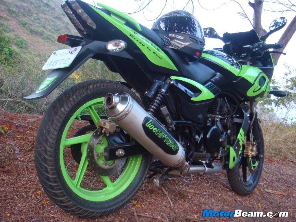 Bike stickering designs for pulsar 150 - Bajaj Pulsar 220 Black Latest Stickering Designs