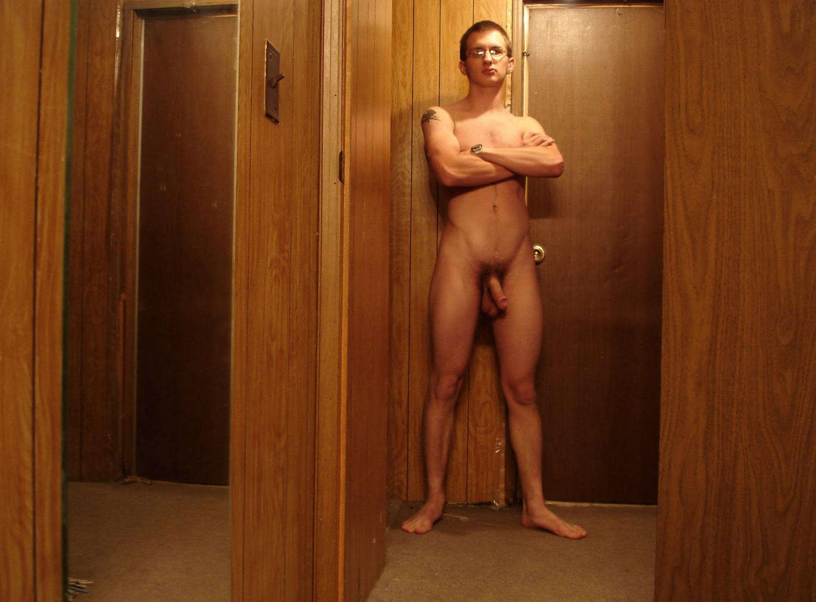 Amateur average naked man