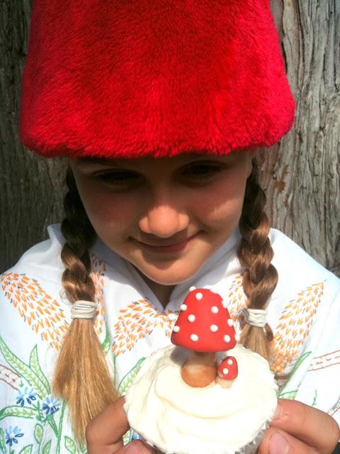 Gnomes Mushrooms Cake Topper Buche De Noel