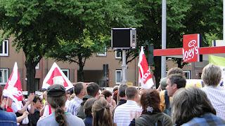 RundumPFLEGE: Diakonie Aktuell - Kirchenparlament tagt, ver.di protestiert - Mai 2011