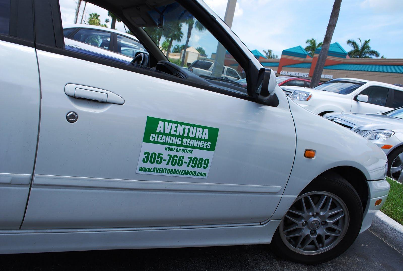 SIGN SHOP MIAMI CUSTOM CAR MAGNETS IN MIAMI - Custom car magnet signs