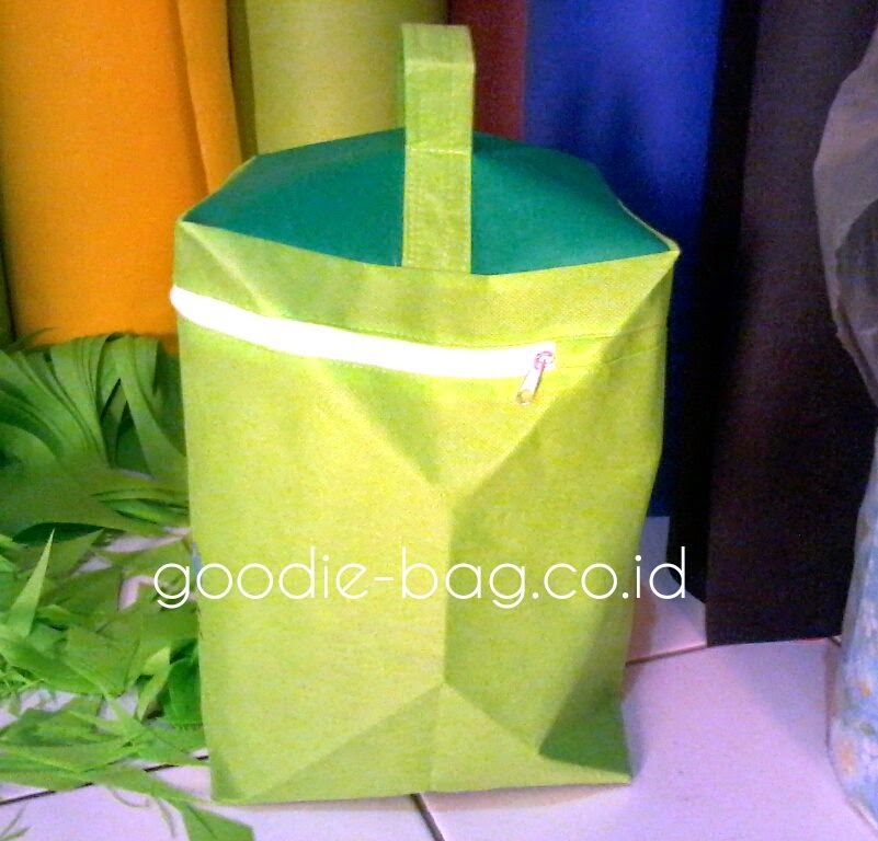 Goody Bag Resleting Murah