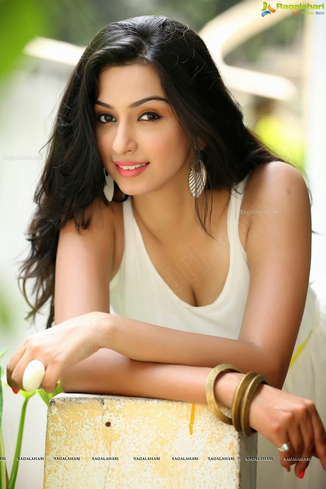 Eshanya (Ankita Maheswari) | South Actress Beauty Park