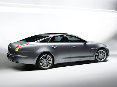 Jaguar XJ Car Photo