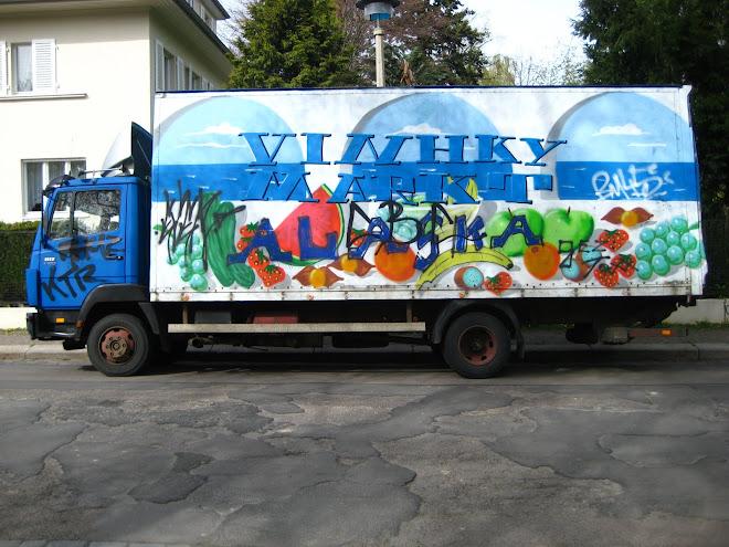 tegelt teherautó