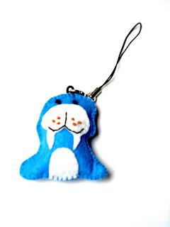 handmade felt keychain