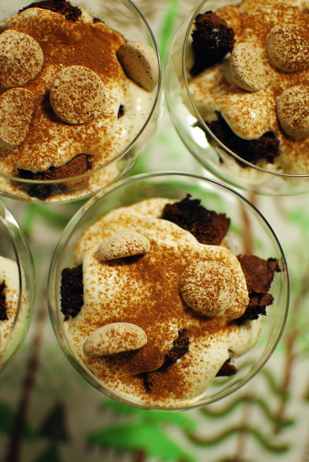 glutenfri, recept, efterrätt, kvarg, kokos, kladdkaka, maräng