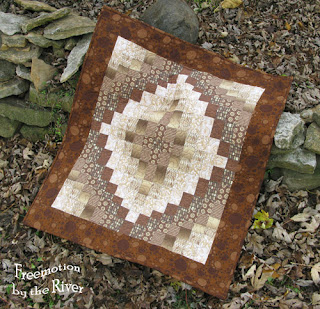 Brown bargello quilt @Freemotion by the River