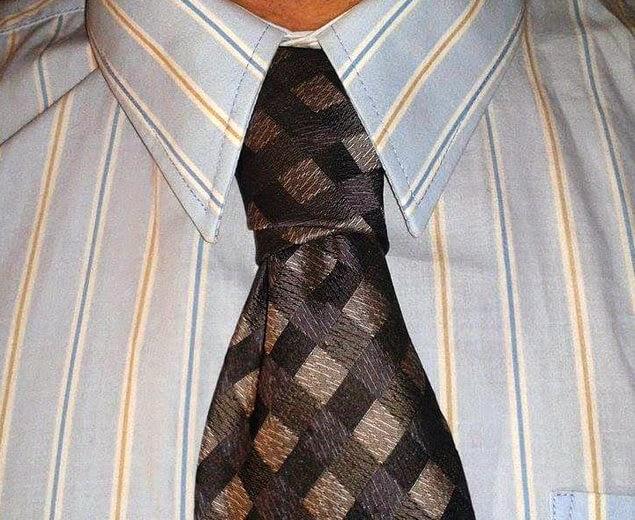 Kaklaraiščio mazgas Nr.10