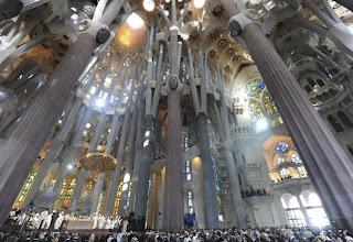 interior Sagrada Familia Gaudí Barcelona
