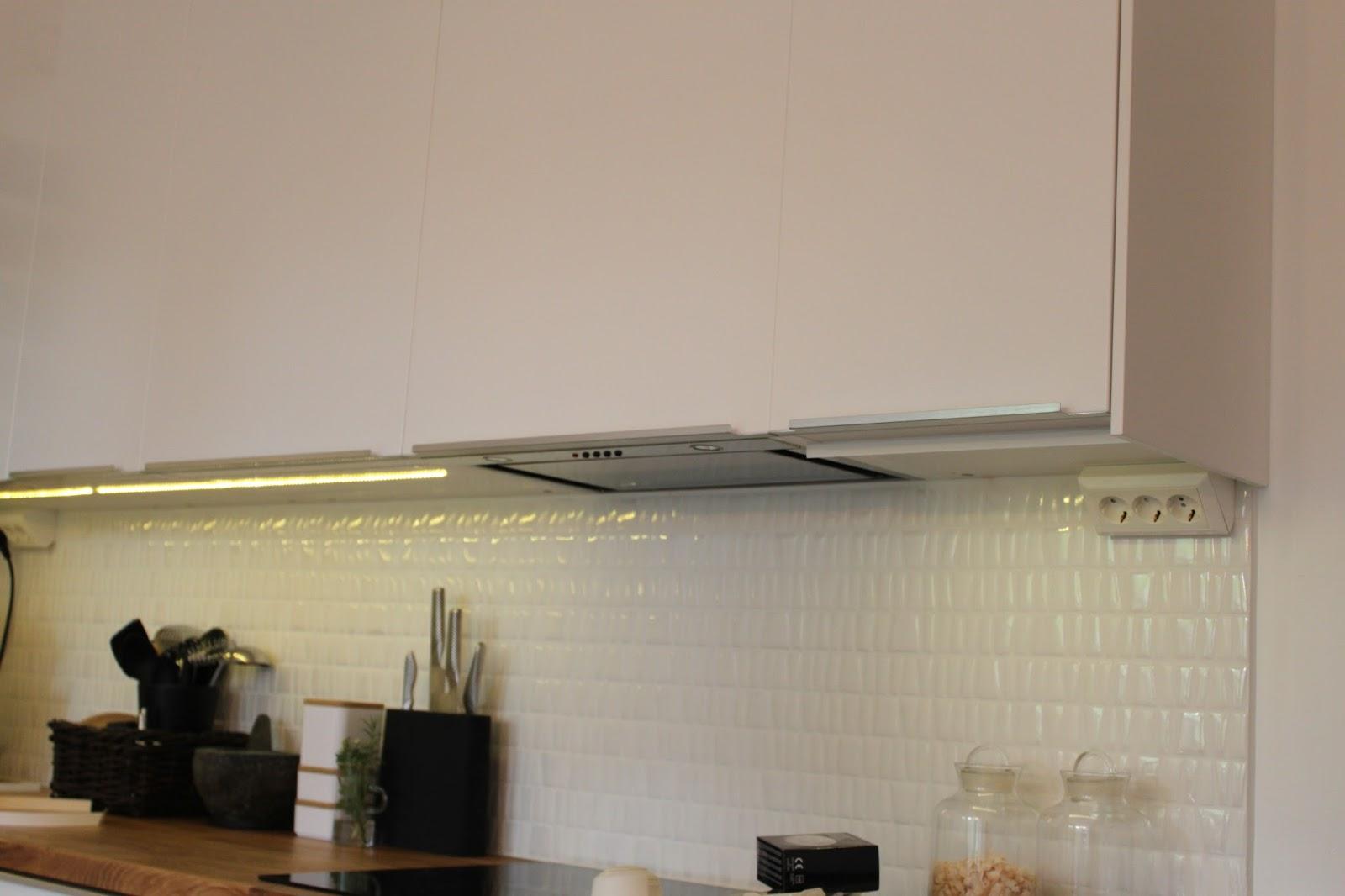 Släng dig i väggen, Ernst!: LED-tejp som bänkbelysning