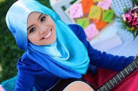 Lawak Najwa Latif Masuk Sekolah Baru