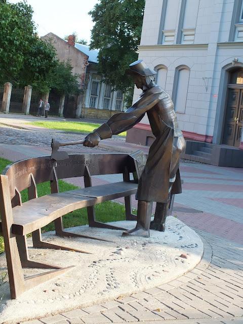 Скульптуры в городе Лиепая (Латвия)