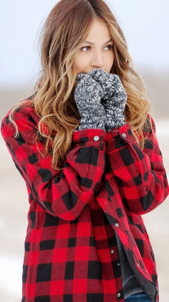 Adorable Red and Black Striped Flannel with Pretty Gray Gloves, Fashion for Winter and Autumn