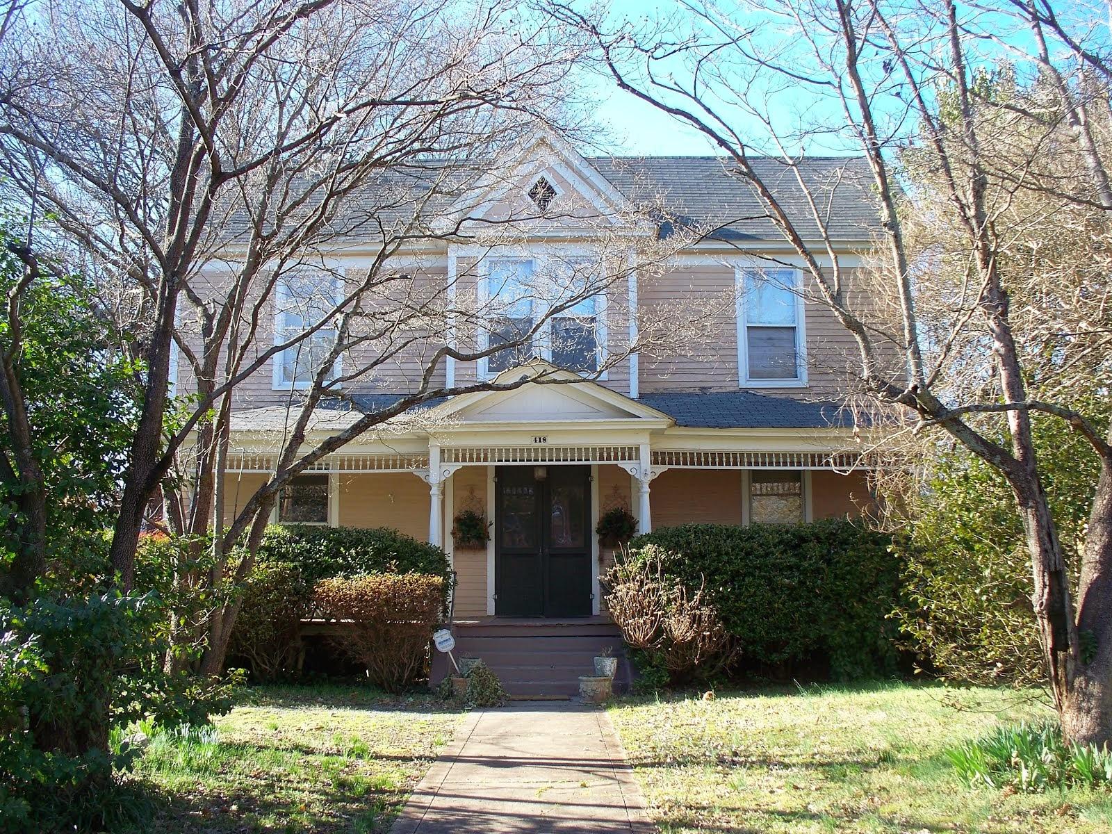 418 S. Ellis Street, Salisbury NC ~ CIRCA 1903 ~ $139,900